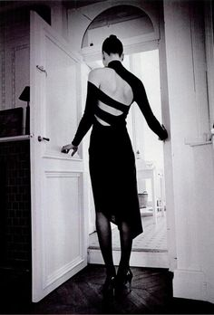 La vie en noir New York Magazine, August 25, 1997 Photographer: Jeanloup Sieff Model: Kim Iglinsky Martine Sitbon, Fall 1997