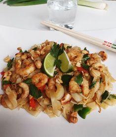 Thai Recipes, Asian Recipes, Vegetarian Recipes, Pork Hock, Pork Fillet, Asian Kitchen, Indonesian Food, Indonesian Recipes, Dash Diet
