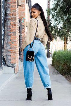 Liya High Rise Classic Fit in zerrissen – fashion nova jeans outfits Black Women Fashion, Look Fashion, Womens Fashion, Jeans Fashion, Fashion Blouses, Nyc Fashion, Fashion Hats, Ladies Fashion, Fashion Online
