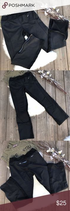 Nike👟Sport Pants! Sz S Nike Sport Pants! Sz S •Nike Fit style •GUC •Half Zip legs •Hidden key pocket in the back •Key pocket lining is peeling & does not affect the wear (see pic 5) Nike Pants Track Pants & Joggers