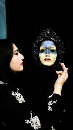 Face Mask Monday: Snow White and the Seven Dwarves. #mirrormirror #snowwhite #evilqueen #sevendwarfs #collegelife #collegehumor #makeup #facemask #moviemakeup