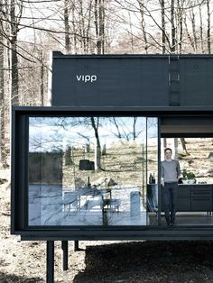 Vipp Shelter is a fully integrated and all inclusive retreat that is built, delivered and installed in just over 6 months. A modern plug and play getaway. Tiny House Cabin, D House, Container Architecture, Architecture Design, Shelter, Casas Containers, Small Modern Home, Forest House, Shipping Container Homes