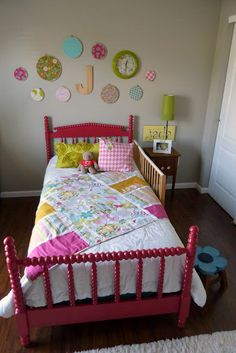 little girls room, painted bed