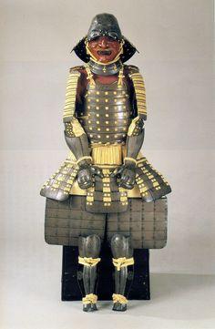 松平忠吉 (Matsudaira Tadayoshi, 1580 - 1607). 松平忠吉所用 銀箔置白糸威具足 (徳川美術館蔵)Tadayoshi's mother was Saigo no Tsubone. He was adopted by Matsudaira Ietada.