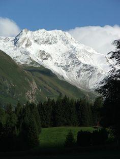 A hegyi túra izgalmas és kellemes időtöltés egyszerre. Ausztria szinte kifogyhatatlan a csodás helyszínekből. Bakancsot húztunk és nekivágtunk. Mountains, Nature, Travel, Naturaleza, Viajes, Destinations, Traveling, Trips, Nature Illustration