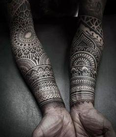 Giometric#mandala#blackwork#hand#tattoo