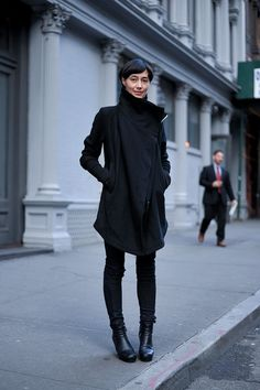 comfy. geometric. slouchy.    sn0913:    dina chang  RICK OWENS  IN AISCE  RICK OWENS  RICK OWENS #streetstyle