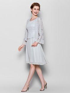 Sheath/Column Plus Sizes / Petite Mother of the Bride Dress - Silver Knee-length Long Sleeve Chiffon - USD $139.99