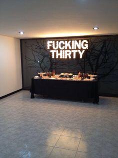 Dessert table. 30th birthday Rentas y cotizaciones: momiux@gmail.com