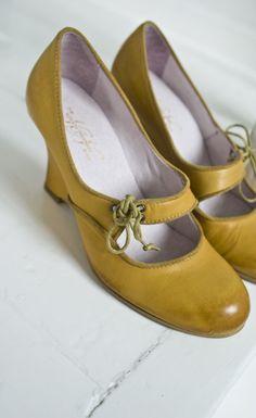 souliers... juste la couleur à changer