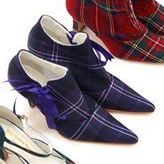 Cute tartan shoes!