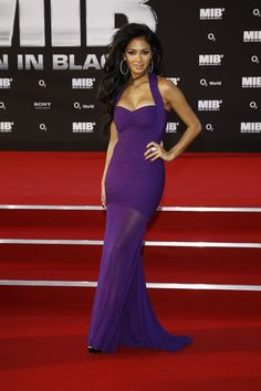 Nicole Scherzinger Clothes  I love her dress! This has to be my prom dress