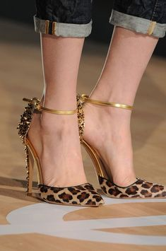 Un lujo de zapatos!! Para tus pies