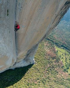 Alex Honnold - Freerider soloing