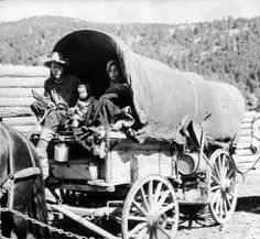 Covered wagon - Days of - annual historic show first week in August in Deadwood - the Black Hills of South Dakota :: Photographs - Western History Old Wagons, Wagon Wheels, Wooden Wagon, Fabric Canopy, Covered Wagon, Oregon Trail, Retail Displays, Gypsy Wagon, Happy Trails