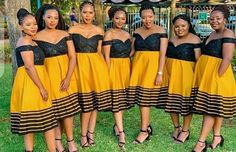 I Dress, Strapless Dress, Xhosa Attire, African Bridesmaid Dresses, Traditional African Clothing, Latest African Fashion Dresses, Traditional Wedding Dresses, African Women, African Dress