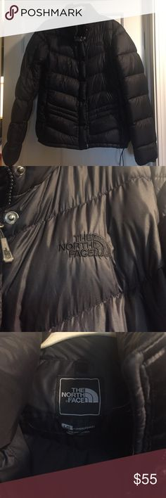 North Face women's puffer jacket. Size Large EUC north face. Super warm. North Face Jackets & Coats