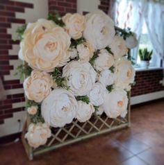 Giant Paper Flowers, Big Flowers, Wedding Flowers, Paper Roses, Paper Flower Wall, Paper Flower Backdrop, Flower Decorations, Wedding Decorations, Party Kulissen