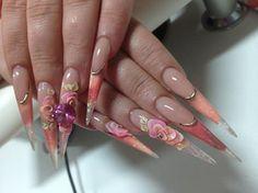 Lina Feinauer .. Gelsenkirchen, Germany International nail designer, educator, and has won numerous championships