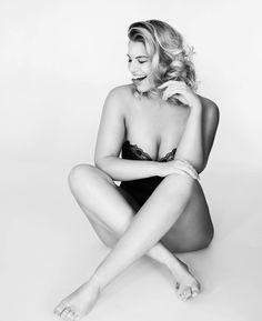 Nackt Angelina Kirsch  Angelina Jolie