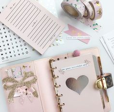 PINK POCKET PLANNER - In love! New pocket planner setup today.
