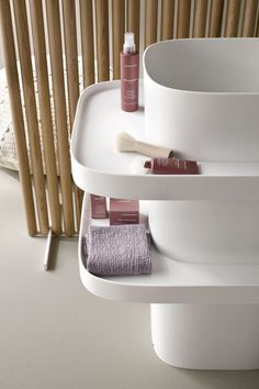Free Standing Washbasin Design by Monica Graffeo