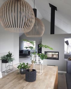 Gray color: meaning, how to use in decoration and photos - Home Fashion Trend Cosy Interior, Modern Home Interior Design, Interior Design Living Room, Interior Decorating, Dining Room Design, Scandinavian Style, Modern Bedroom, Home And Living, Sweet Home