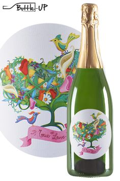 Scent of Love by @elepre (2015). Description: Buds, leaves, twisted flowers, petals and stems woven together. As a love bathed by the sun and cooled by water, with solid roots and lifeblood. Wine: Gavioli Spumante Metodo Classico Rosé. Discover all our artwork labels in our website www.bottle-up.com and create unique bottles for weddings and special events !!!!!!