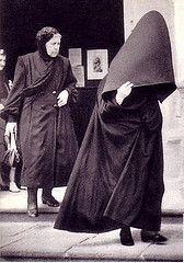 capote e capelo do Faial - 1948 (autor desconhecido) (Alice Bernardo) Tags: black wool portugal azul blu traditional cloak traje azores capote aores garment l tradicional faial smiguel capelo