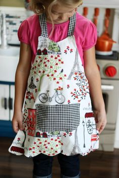 Disclosure: I received this kitchen from at no cost, in exchange for sharing this darling sewing tutorial with you!A simple apron for the little baker in your home.Apron Tutorial and Pattern Roundup - Sugar Bee CraftsThe Beautifully Creative Inspired Childrens Apron Pattern, Child Apron Pattern, Apron Pattern Free, Childrens Aprons, Aprons For Kids, Kids Apron Patterns, Pattern Sewing, Dress Patterns, Fabric Patterns