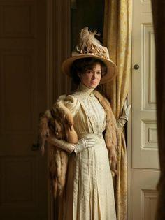 Frances O'Connor As Mrs. Selfridge's Costume of the Masterpiece Theatre's Mr. Selfridge,.. Brilliant!