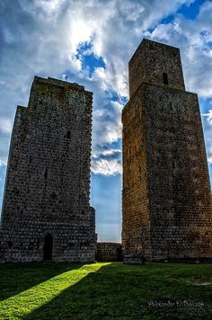 Everyone`s Creative Travel Spot / Watch towers, Tuscany, Italy *