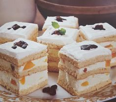 Cake Bars, Hungarian Recipes, Sweet And Salty, Vanilla Cake, Food And Drink, Xmas, Sweets, Lunch, Snacks