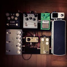 @Justin Rahmes's sweet little pedal board!