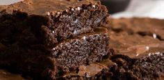 The squash used in these brownies creates a chewy, fudgy center with a crisp top and adds a touch of natural sweetness. Easy Eggless Brownie Recipe, Vegan Brownie, Brownie Recipes, Chocolates, Black Bean Brownies, Black Beans, Fudge, Food Processor Recipes, Caramel