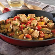 Sautéed pork and vegetables with thermomix. Here is a recipe for Sauté Pork and vegetables, easy and quick to prepare with your thermomix. Food Network Recipes, Cooking Recipes, Easy Recipes, Juicy Pork Chops, Sauteed Vegetables, Stuffed Sweet Peppers, Pork Chop Recipes, Pork Dishes, Entrees