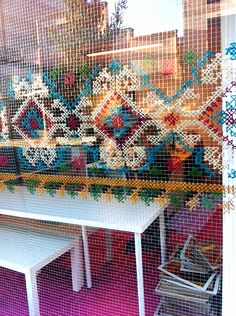 Cross stitch on window screen Cross Stitch Art, Cross Stitching, Cross Stitch Patterns, Embroidery Art, Cross Stitch Embroidery, Deco Boheme Chic, Fence Art, Yarn Bombing, Art Plastique