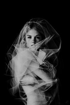 portrait in tulle Fantasy Photography, Boudoir Photography, Editorial Photography, Fine Art Photography, Portrait Photography, Fashion Photography, Foto Fantasy, Portrait Inspiration, Great Photos