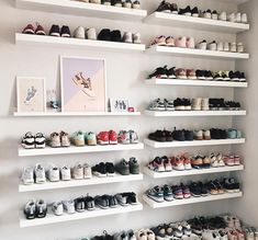 we approve @audreymayer sneaker and poster collection 😀🖼👟 Girls Sneaker collection with great posters #hypebeaststyle #hypebae #sneakers #posters #collection #shoerotation #shoes #girlsneakers