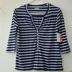 Bongo Nautical Top size S Cotton material, great nautical color, brand new with tags. BONGO Tops Tees - Long Sleeve