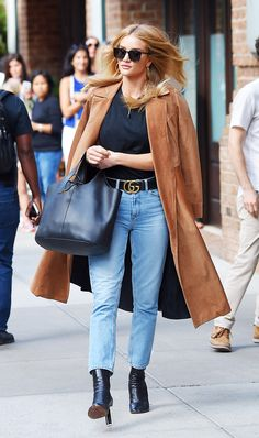 If you're on the hunt for the It accessory, take a cue from celebs who love this Gucci belt.