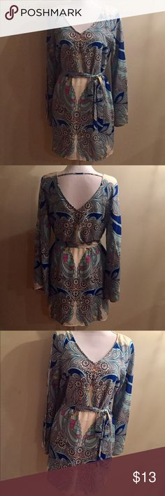 Dress 60's Inspired Floral Dress •size medium •bell shapes sleeves •loose fit w/ tie around waist  Only worn twice, in good condition👗✨🕺🏼 Dresses Long Sleeve