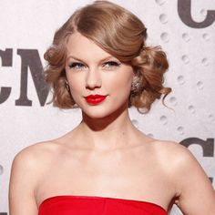 Taylor Swift short vintage hairstyles vintage hairstyles