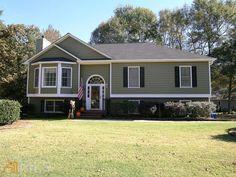 145 Lacey Oak Ln, Loganville, GA 30052