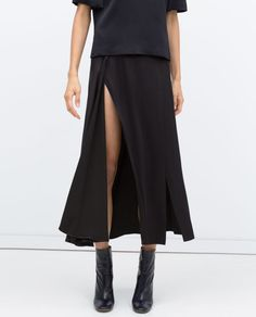 Pin for Later: The 17 Most Amazing Things at Zara Right Now Long Studio Skirt With Slits Zara, Slit Skirt, Midi Skirt, Street Style, Mode Inspiration, Holiday Outfits, Minimalist Fashion, Women Wear, My Style