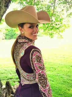 Very nice! Western show clothing i'd like to be able to buy...