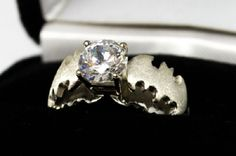 A Batman-Themed Engagement Ring Other Geeky Rings [Pic] - Batman Wedding - Ideas of Batman Wedding - This is really cool. I dont think I would want it as an engagement ring though lol Batman Engagement Ring, Batman Wedding Rings, Diamond Wedding Rings, Engagement Rings, Wedding Engagement, Batman Ring, I Am Batman, Batman Stuff, Looks Cool