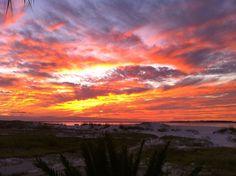 Destin sunset produces amazing colors