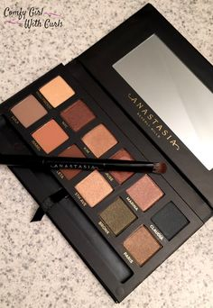 Eye shadow Palette   Anastasia Beverly Hills Master Palette by Mario   warm eyeshadow colours   Review   swatches on dark skin   fall colours   black beauty