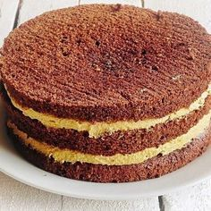 Black Forrest Cake with Ganache Frosting - Mom 'N Daughter Savings Sweet Recipes, Cake Recipes, Dessert Recipes, Cooking Bread, Cooking Recipes, Romanian Desserts, Bithday Cake, Ganache Frosting, No Cook Desserts